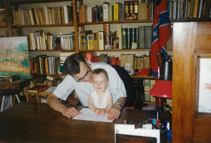 Carlos Pujol y su nieto Matthias.jpg